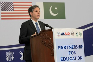 Deputy Secretary Blinken Delivers Remarks to Pakistani Students and Teachers Who Participated in State Department-Funded Educational Programs in Islamabad