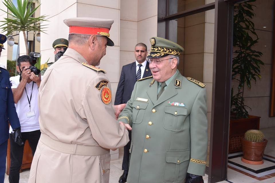 الجزائر : صلاحيات نائب وزير الدفاع الوطني - صفحة 5 30744247266_1e6c75f654_o
