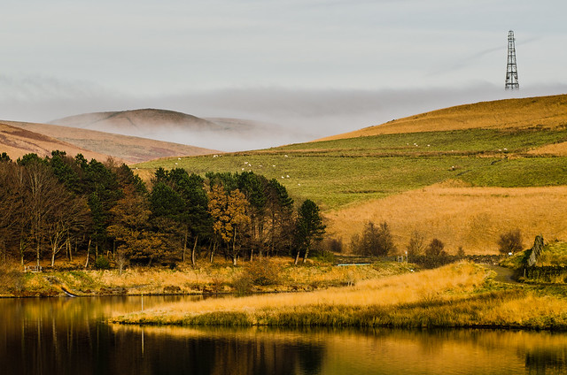 The fog rolling in at Piethorne Reservoir