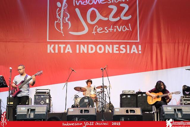 Indonesian Jazz Festival 2015 - Gerald Situmorang Trio(2)