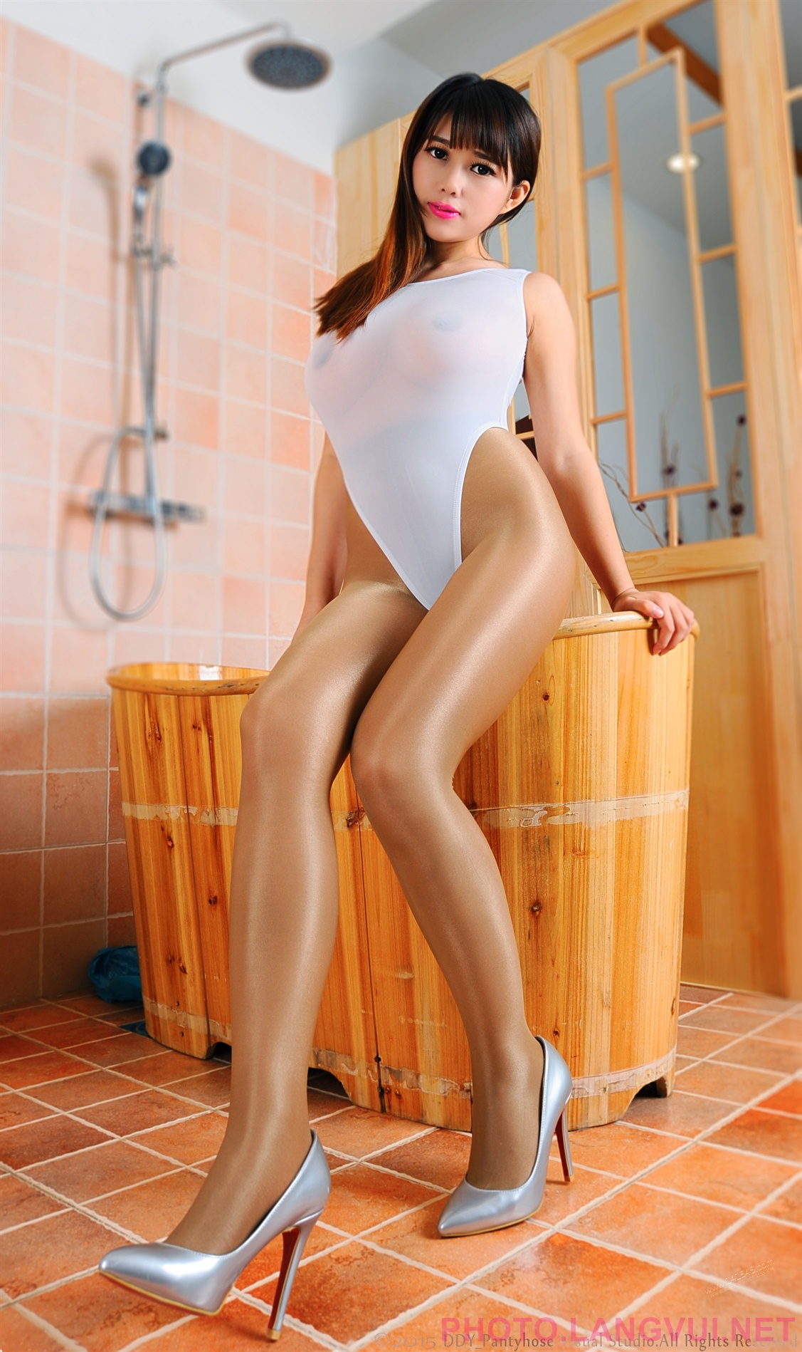 Leotard pantyhose bathroom stockings, jenny heart free porn