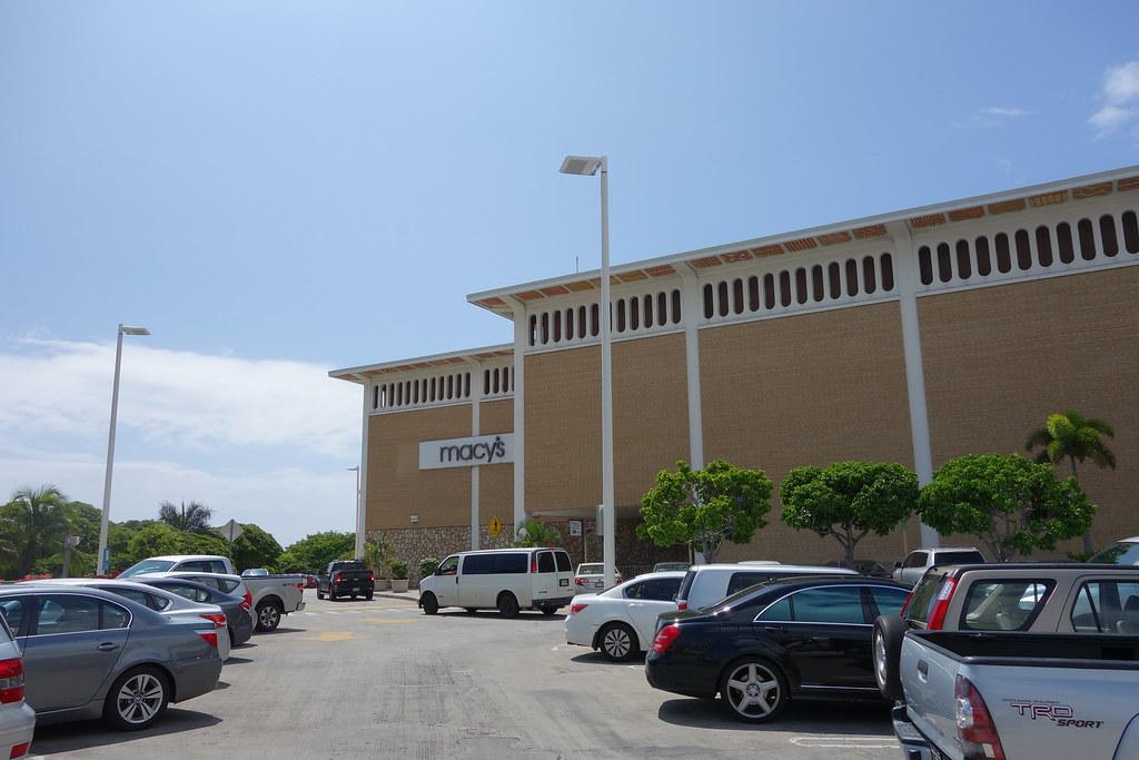 (購物 夏威夷)Ala Moana Center 阿拉莫阿娜購物中心 ~ 夏威夷物品最齊全最好買!A&F, GNC, COACH都有喔