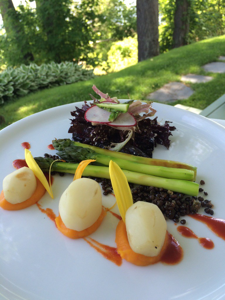 Le hatley restaurant manoir hovey lobster house for Aix cuisine du terroir restaurant montreal