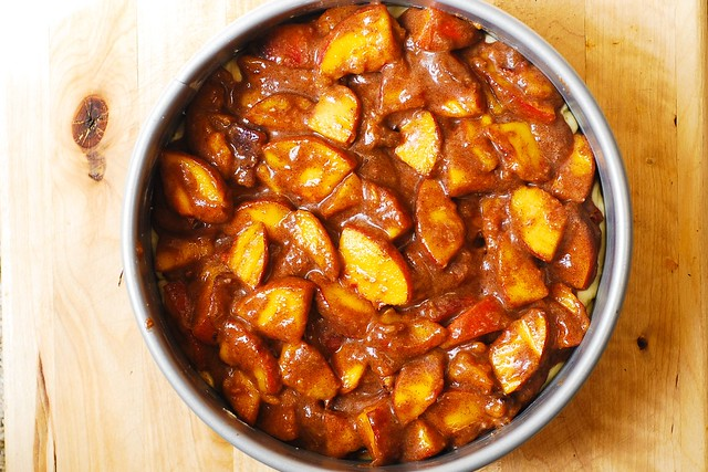 cinnamon peaches, how to make cake from scratch, peach desserts, peach cake recipe, desserts recipes, easy desserts, how to bake a cake, cake recipes from scratch