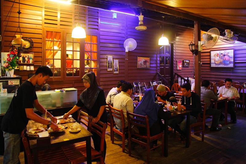 Restoran-DLala -Kampung-Baru