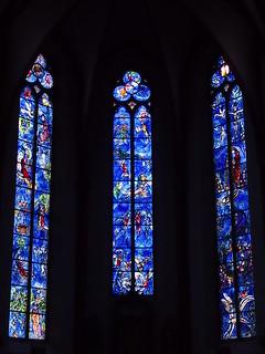 Fenster v. Marc Chagall u. Charles Marq