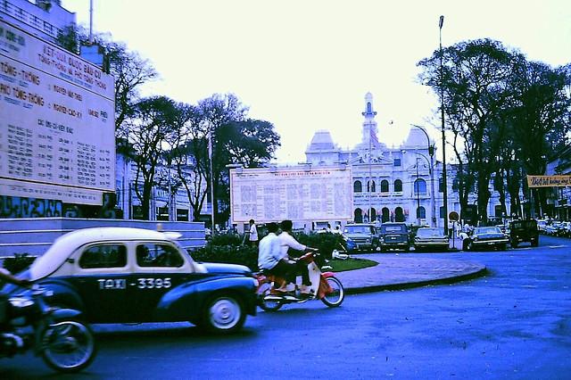 SAIGON 1968 - Vòng xoay Công trường Lam Sơn - City Hall