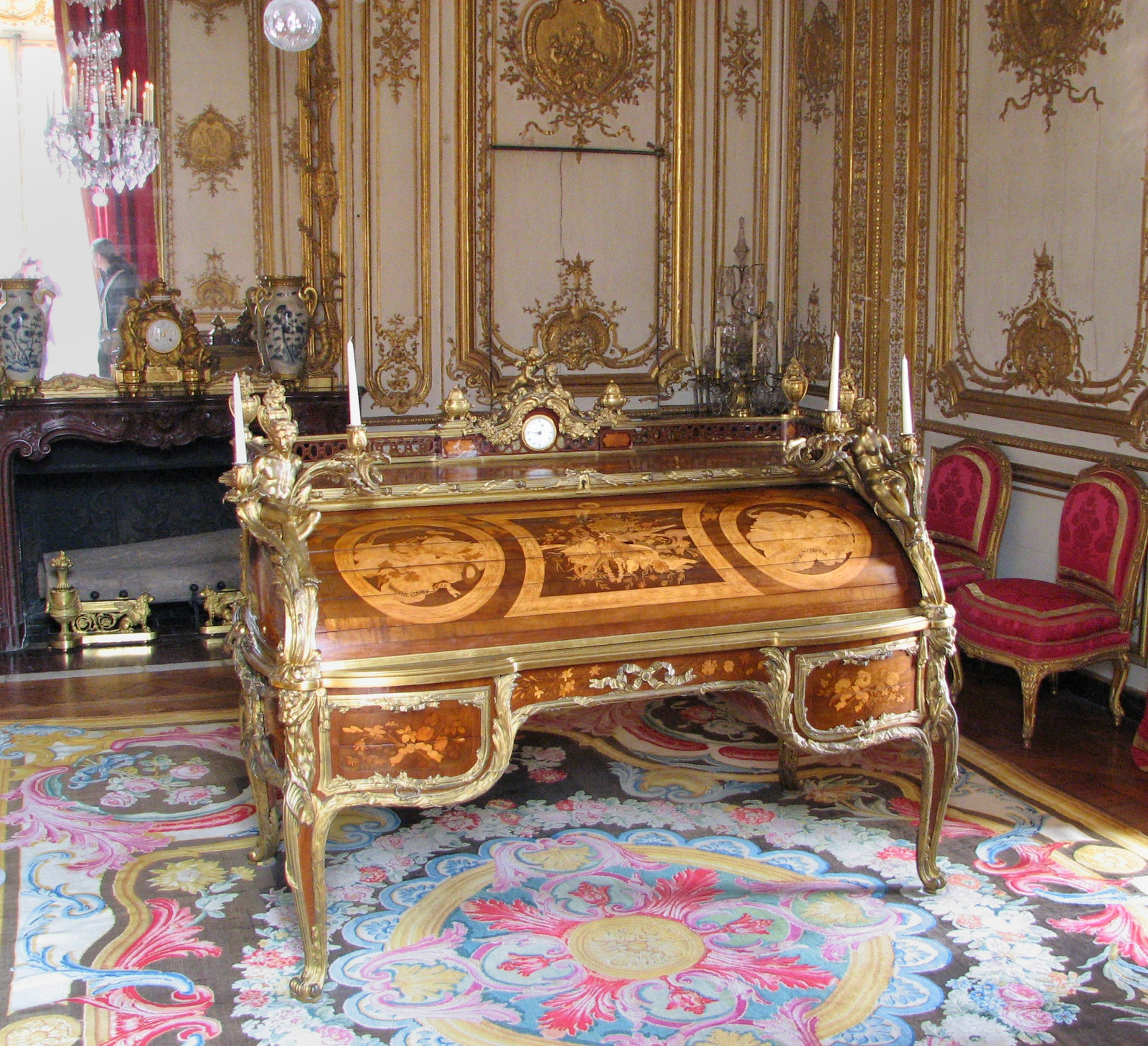 The King's Desk. Louis XV's roll-top secretary, designed between 1760 and 1769. Credit TCY