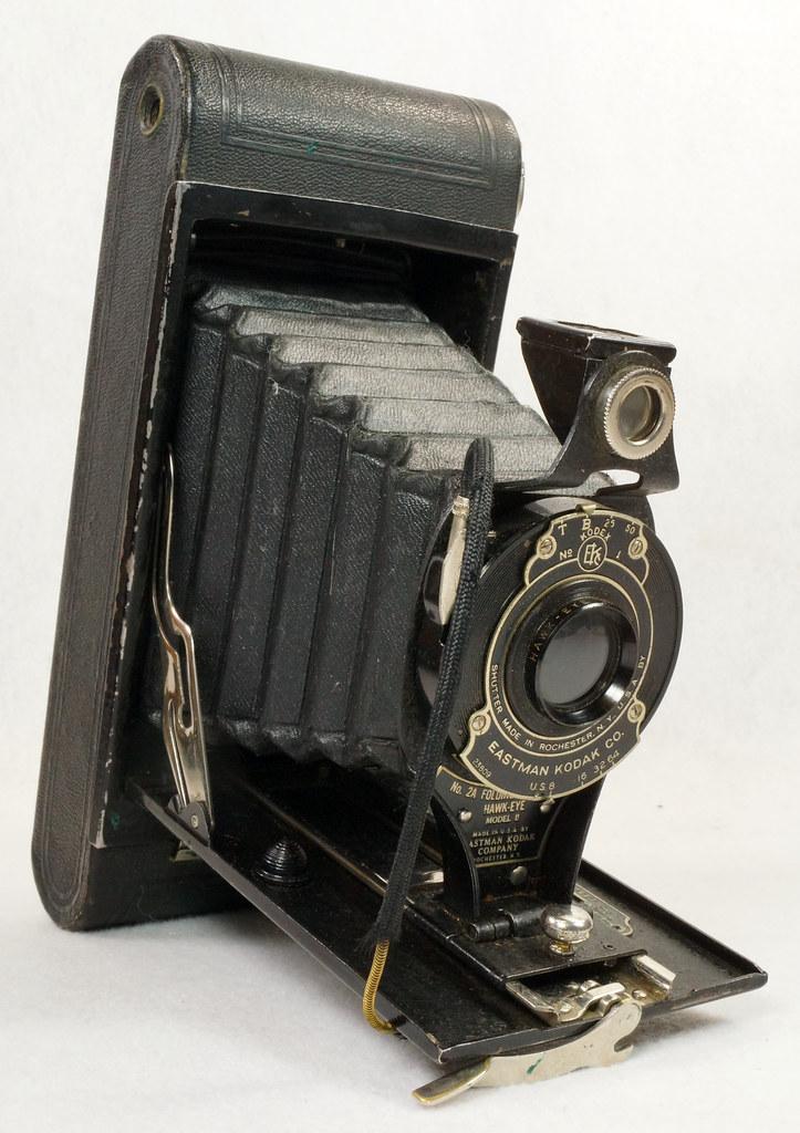 RD14615 Vintage Kodak Hawkeye No 2A Model B Folding Cartridge Camera with Leather Carry Case DSC06530