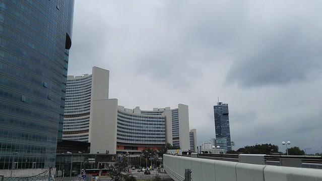 Die UNO City mit einem Teil des Tech Gates