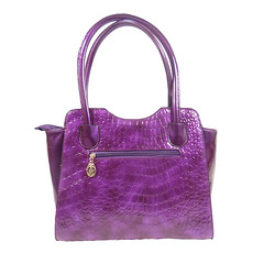tote bag(0.0), cobalt blue(0.0), electric blue(0.0), pink(0.0), bag(1.0), shoulder bag(1.0), magenta(1.0), purple(1.0), violet(1.0), handbag(1.0), leather(1.0), lilac(1.0), lavender(1.0),