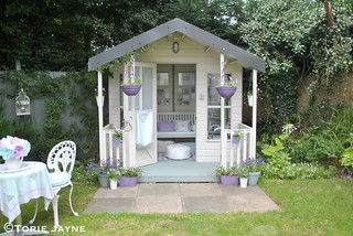 Pretty Summerhouse