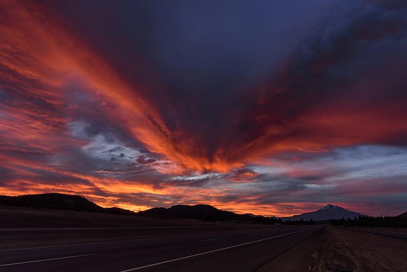 Mt. Shasta sunrise from I-5