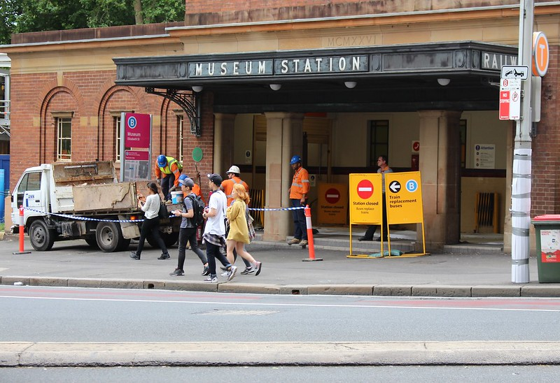 Sydney Museum station closed