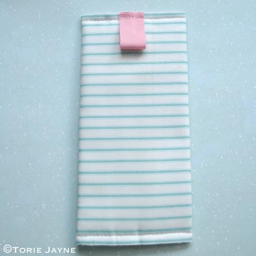 Lace Zip Pretty Pencil Case tutorial 10