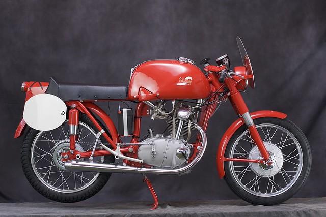 Мотоцикл Ducati 100 Gran Sport