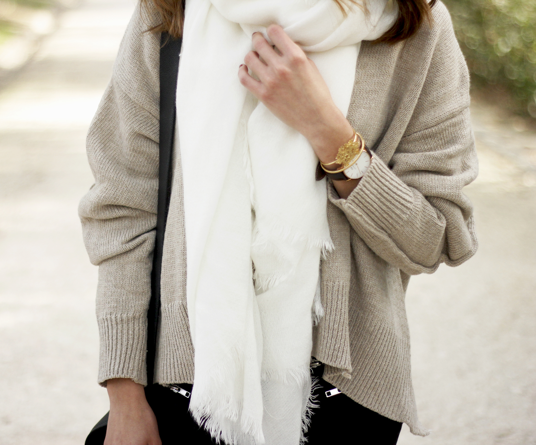 Beige Sweater Black Jeans Nude Heels White Scarf Coach Bag Outfit Style17