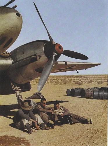 Messerschmitt BfF-110d & ground crew in North Africa 1941