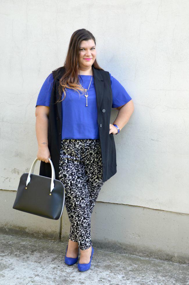 Outfit blu, nero e bianco (8)