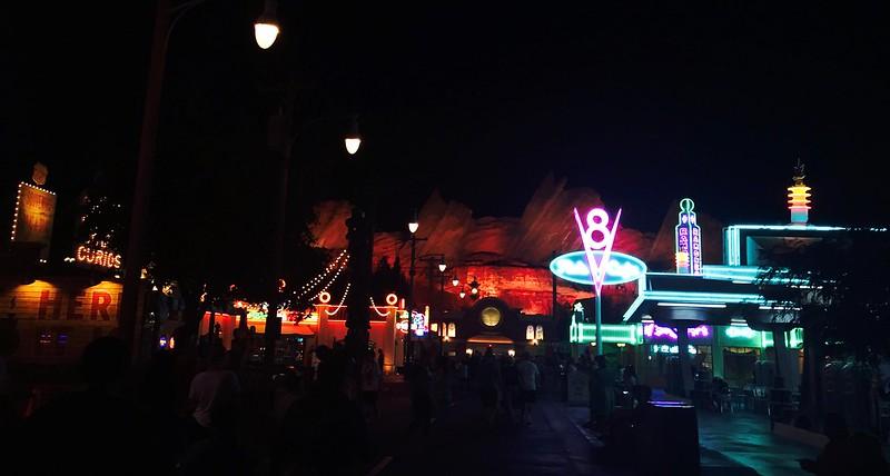 Disneyland Semi-Spontu