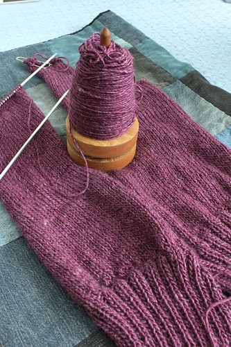 Knitting Pattern Essentials By Sally Melville : Yarn Along   10/13/15 The Smiths Occasional Blog