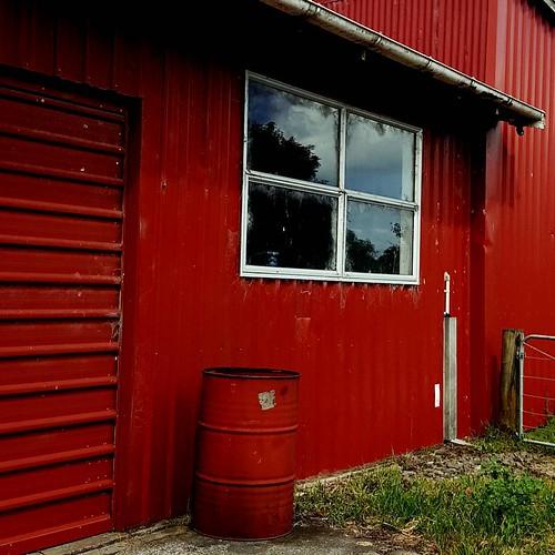 Red barn #barn #farm #inthecountry