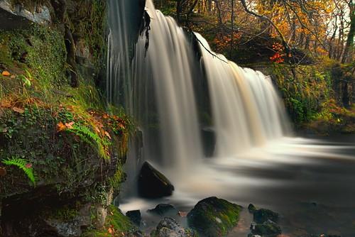 uk longexposure autumn wales breconbeacons waterfalls lee cascade pontneddfechan 2014 ystradfellte mellte hirwaun hepste breconbeaconsnationalpark leefilters neddfechan waterfallcountry pyrddin nikond800 uknationalparks sgwdddwliuchaf