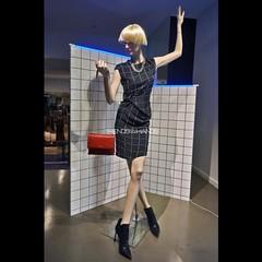@lanvinofficial #lanvinparis #lanvin ##rodeodrive #beverlyhills #LA #photoshoot #TrendsOnYourHands #LorenzoImperatori #fashion #Trends #creativevisual #styleinspirations #style #womenswear #windowdisplay #windowsdisplays #vm #vitrines #vetrine #visualmerc