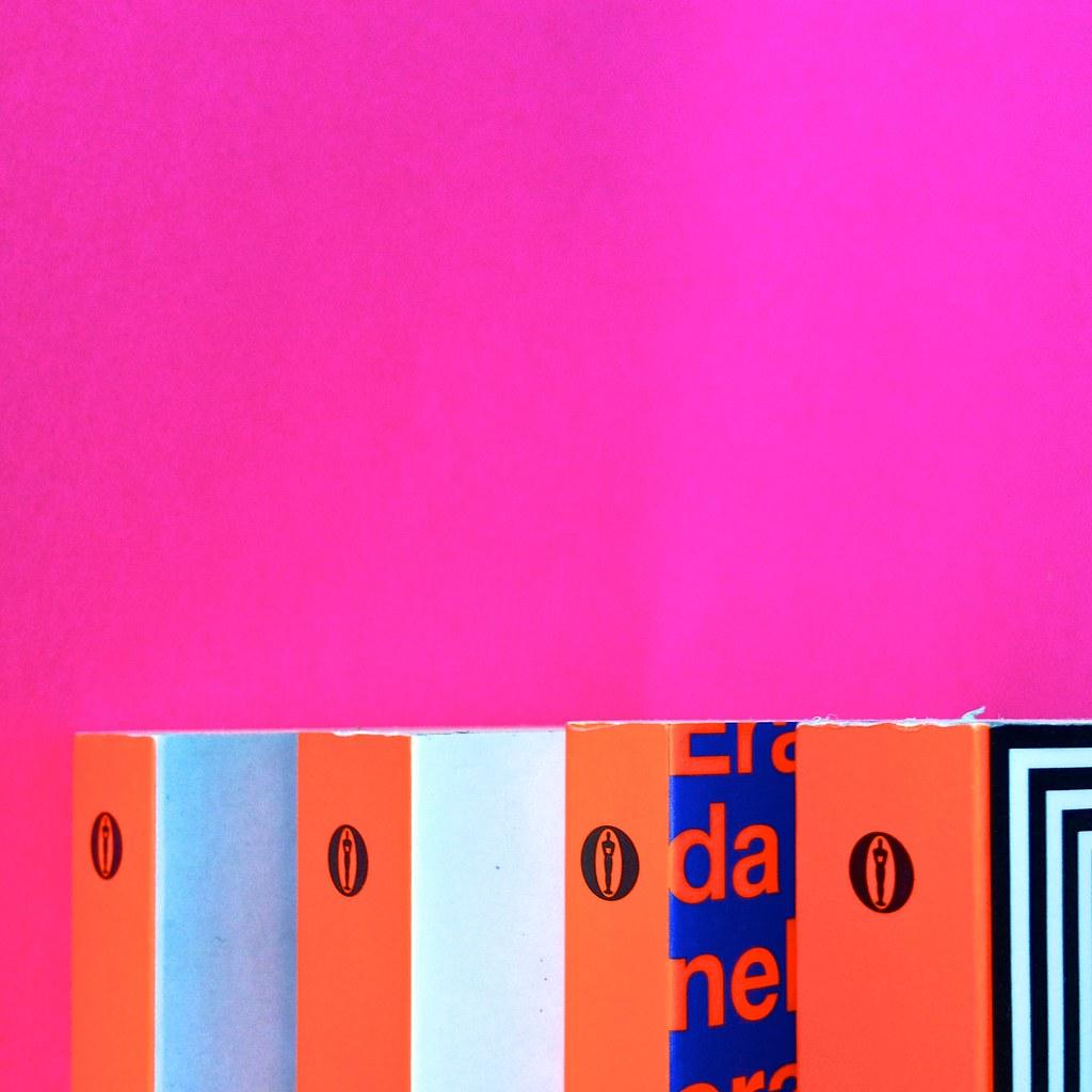 Oscar Mondadori / ied: edizione speciale di 10 titoli per i 50 anni degli Oscar. Art direction: Giacomo Callo. Dorsi, copertine di 4 titoli (part.) 2