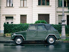 mercedes-benz g-class(0.0), automobile(1.0), military vehicle(1.0), sport utility vehicle(1.0), wheel(1.0), vehicle(1.0), antique car(1.0), vintage car(1.0), motor vehicle(1.0),