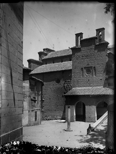 Plaza de la Estrella en Toledo hacia 1920. Fotografía de Enrique Guinea Maquíbar © Archivo Municipal de Vitoria-Gasteiz