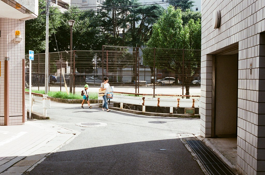 桜町 長崎 Nagasaki 2015/09/08 桜町  Nikon FM2 Nikon AI Nikkor 50mm f/1.4S Kodak UltraMax ISO400 Photo by Toomore