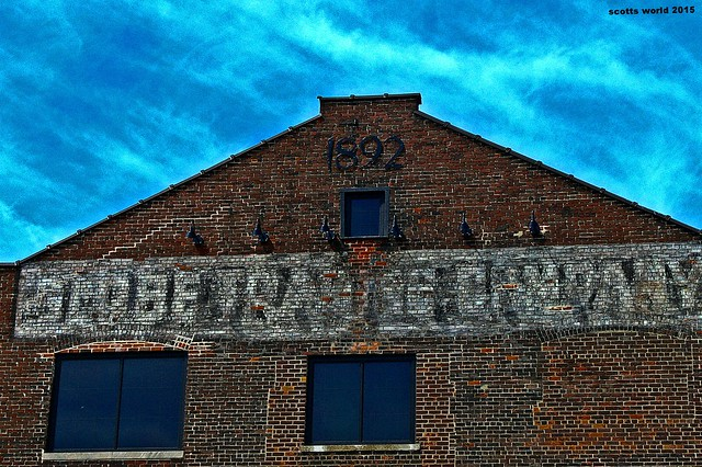 Globe Trading Company-a ghost sign (Explore!)