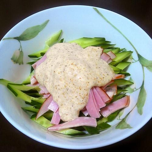 きゅうりとハムのバンバンジー風サラダ!