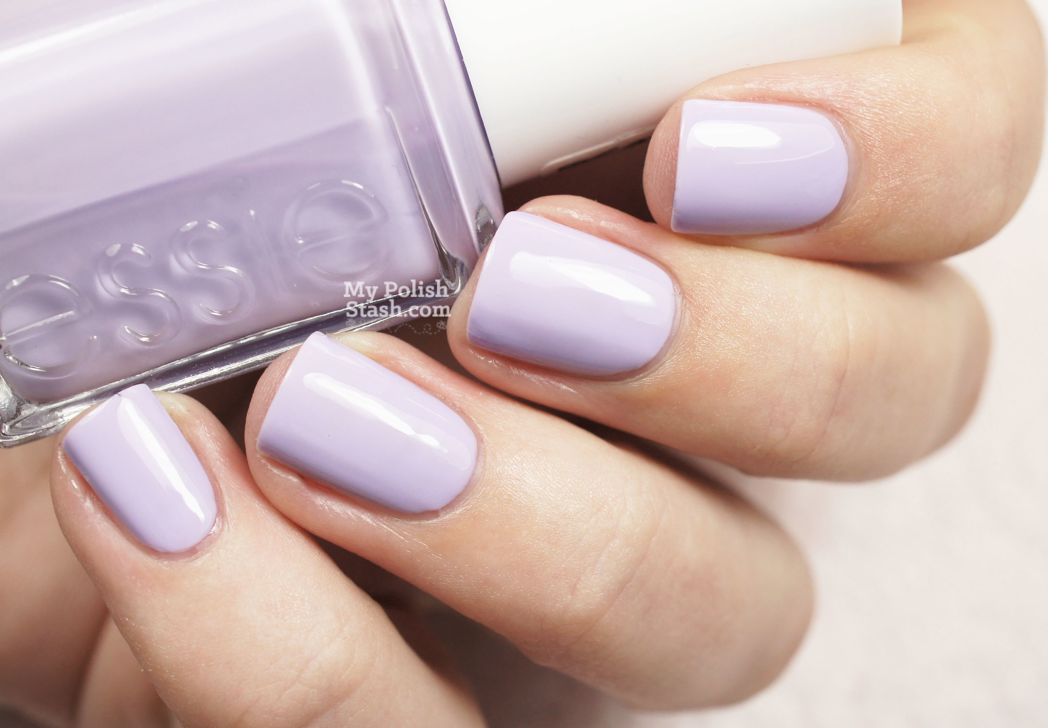 essie-virgin-snow-1