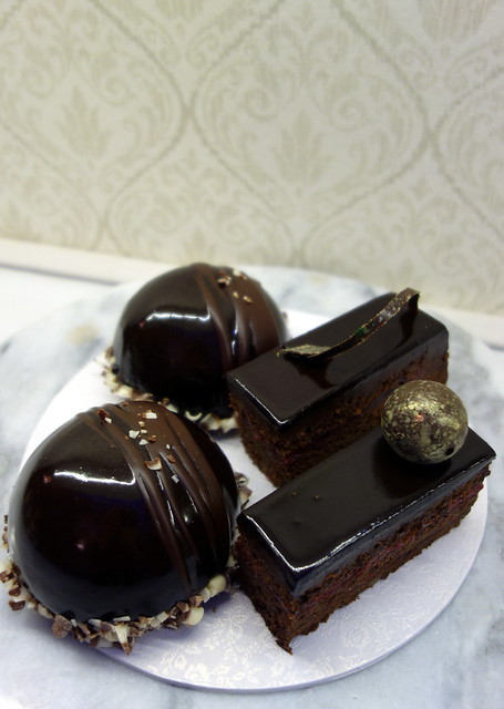 Sacher cake & Blackcurrant entremet