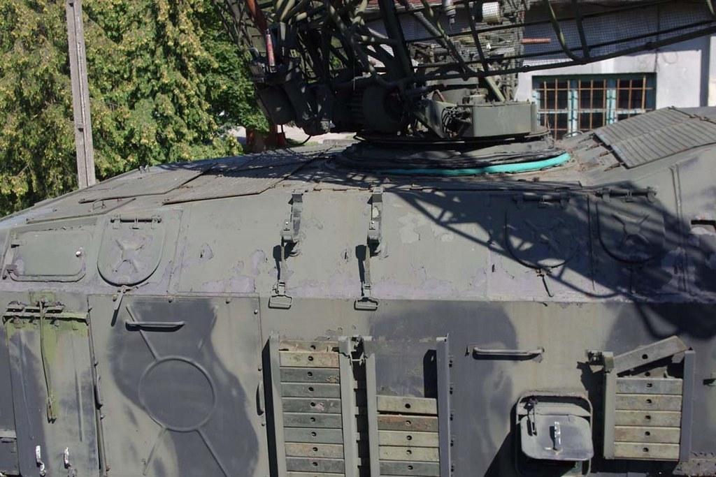 P 40 Radar Walkaround English