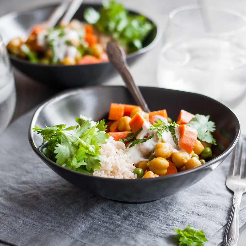 Quick and easy weeknight meatless veggie curry