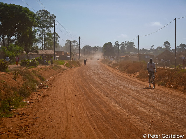 Dusty road from Koboko-Moyo