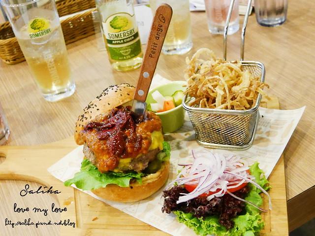 台北內湖東區好吃漢堡費尼餐廳 (16)