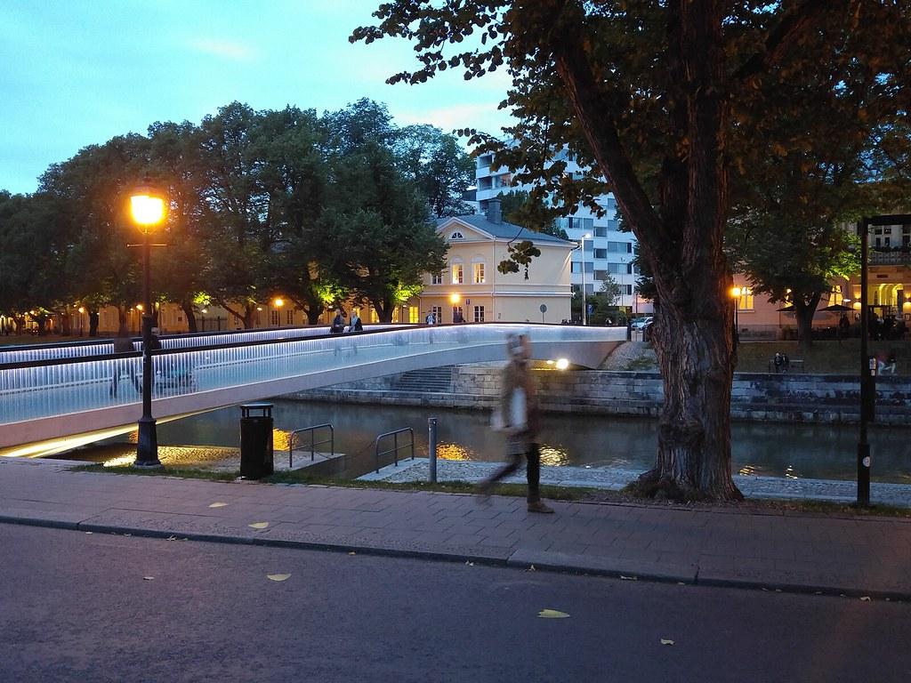 Turku-by-night