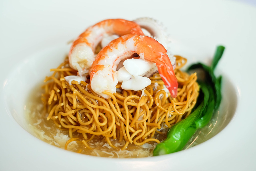 Blue Lagoon Restaurant in Superstar Gemini: cantonese style ee mee