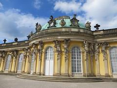 Potsdam: Sanssouci Palace exterior and gardens
