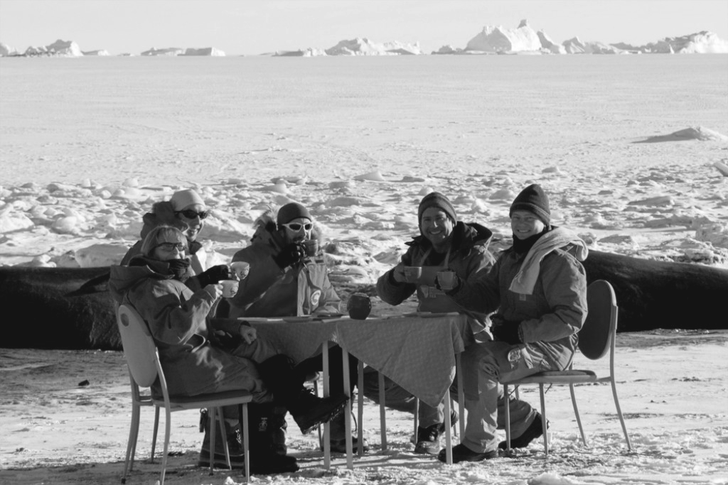 151016_Antarctic_explorers_drinking_BW_6x9