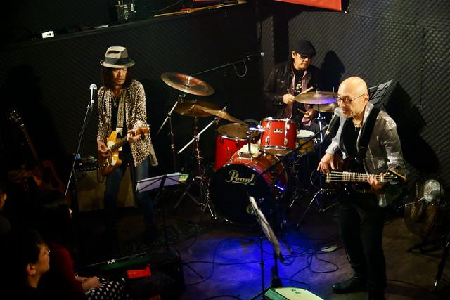 JAMES BAND live at Walkin', Tokyo, 01 Nov 2015. 152C