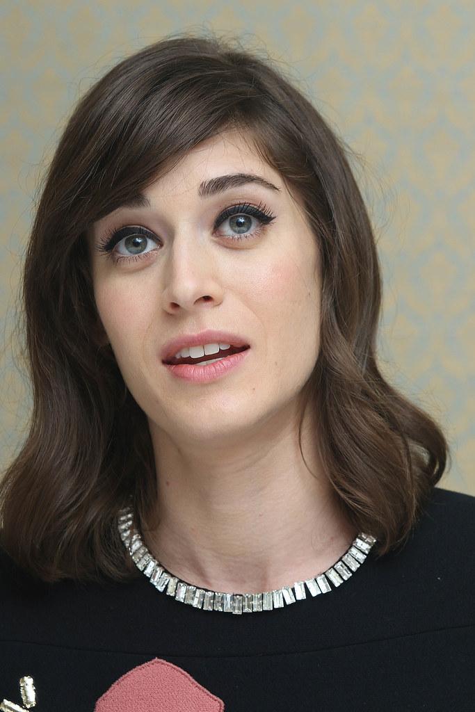 Лиззи Каплан — Пресс-конференция «Мастера секса» 2014 – 18