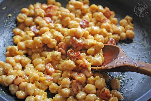 Garbanzos a la carbonara www.cocinandoentreolivos.com (15)