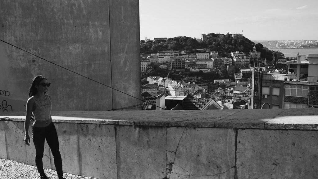 Ванесса Хадженс — Фотосессия для «Find Your California» 2015 – 74