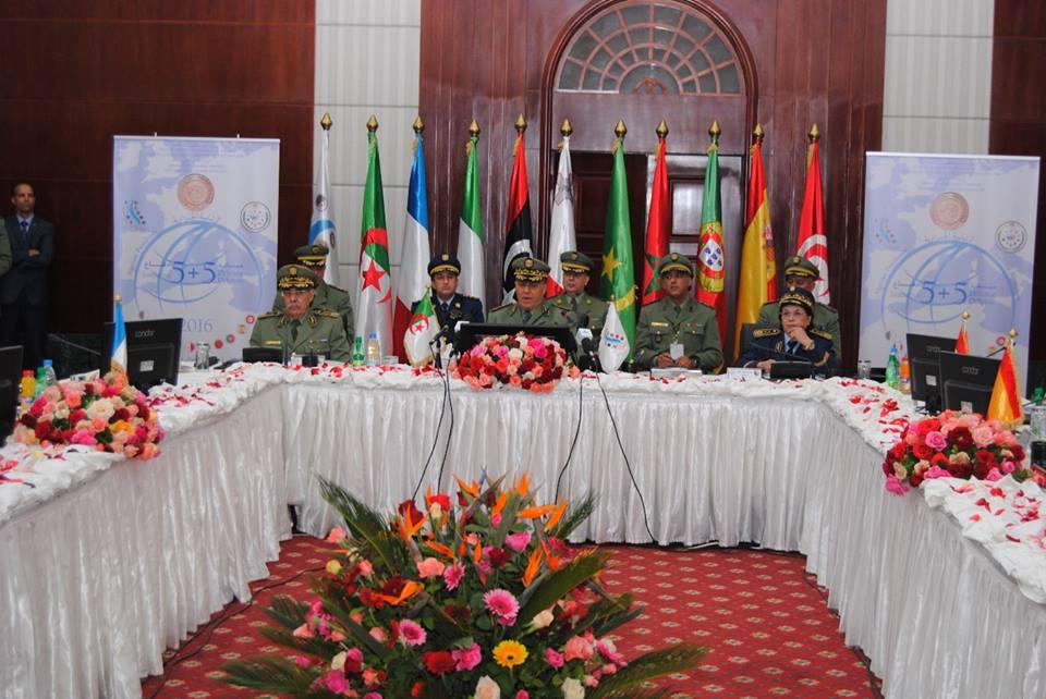 الجزائر : صلاحيات نائب وزير الدفاع الوطني - صفحة 5 30663318832_92e1a76164_o