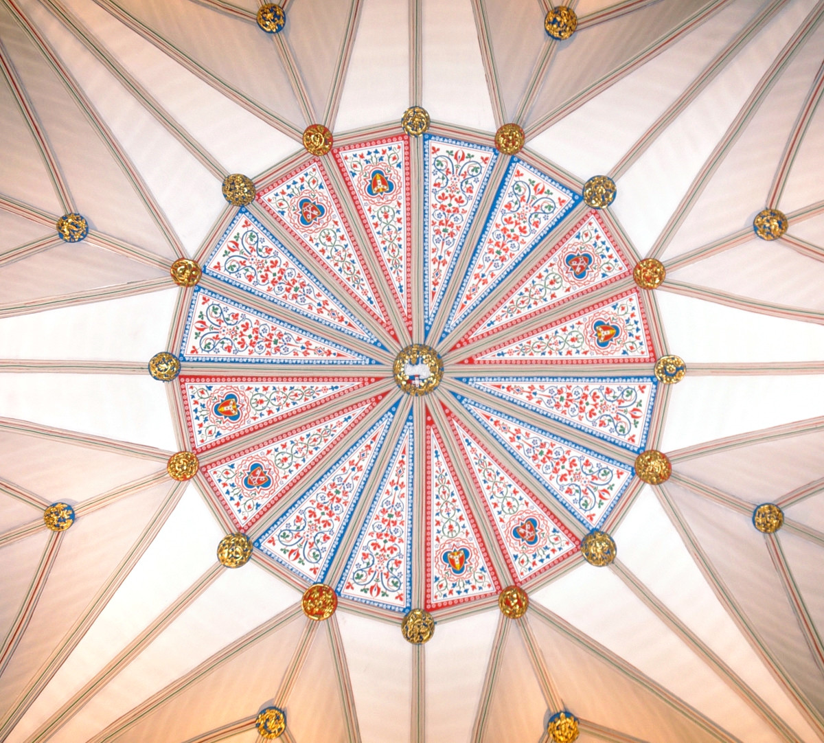 Vault of the Chapter House at York Minster. Credit mattbuck